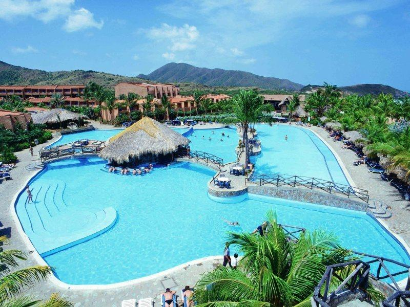 Isla Caribe Beach Resort